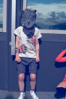VOPNI-TSHIRT with tiger paws